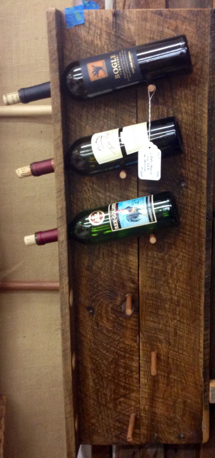 1000 ideas about pallet wine racks on pinterest wine for Pallet wine cabinet