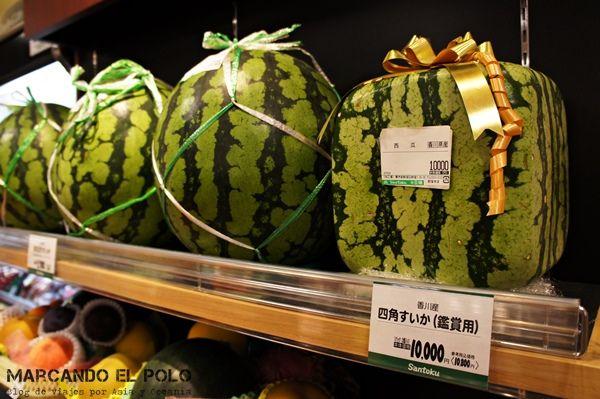Curiosidades de Japon - sandía cuadrada a 100 dólares