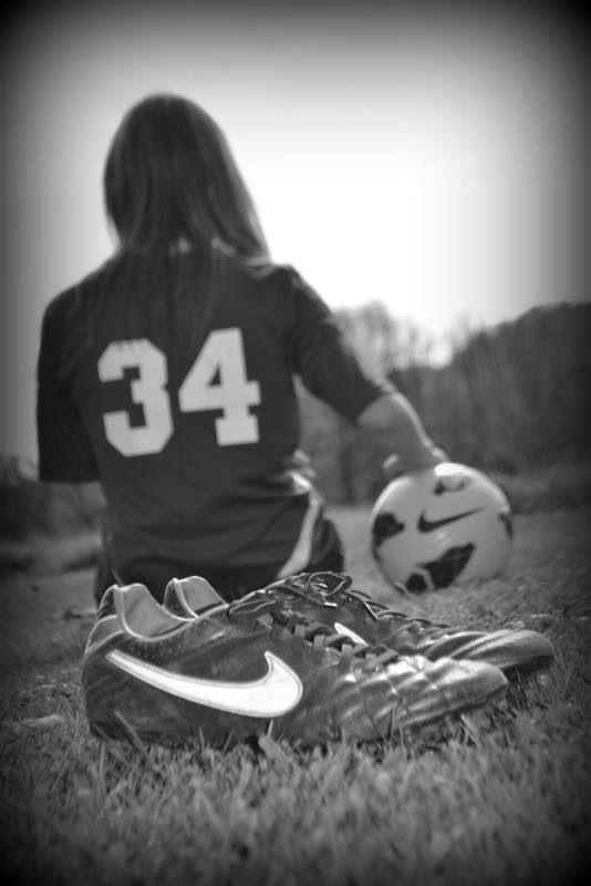 senior pics do it with a football