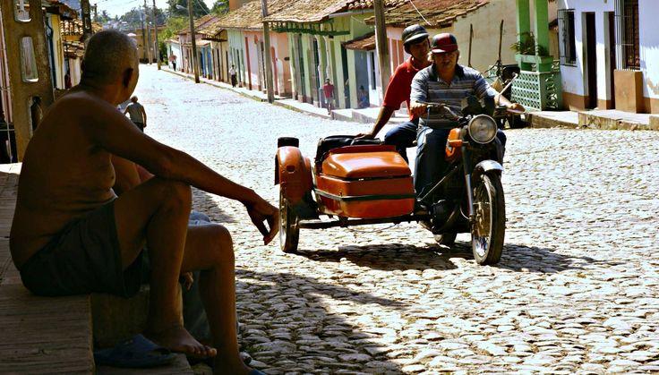Cubans stay classics. Photo by Ovidiu Balaj