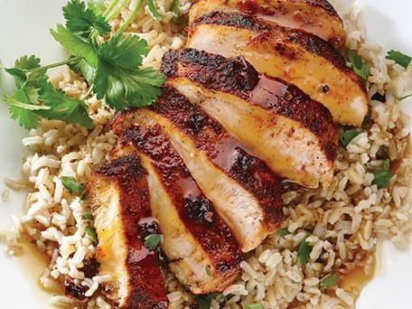 We've got 24 tasty and diverse chicken-based dishes that all ring in at less than 475 calories!
