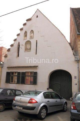 Meşterii aurari din Sibiu, căutaţi de împăraţi în trecut şi de casele de…
