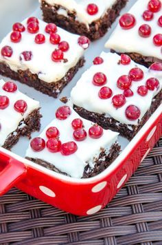 Red Currant Brownies with Mascarpone Topping // Baking Barbarine // Ribisel (Johannisbeer) Mascarpone Brownies
