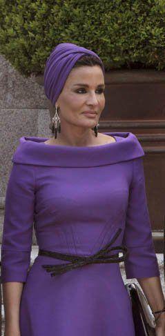 Jequesa de Qatar, la reina del turbante