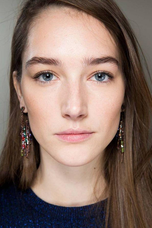 Модные примеры естественного макияжа на каждый день