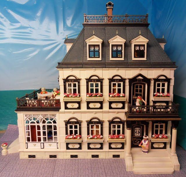 5300 Painted Victorian Mansion ~ Emma.J's Victorian Houses