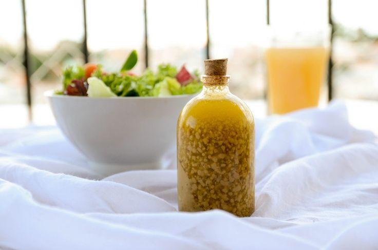 receita de molho para salada feito com mostarda amarela, balsamico e mel