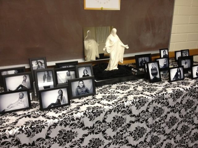 New beginnings...?  display goes well with Come unto Christ!Primary 2014Theme Ideas Craft, Come Unto Christ Young Women, Table Decorations, Young Women In Excellence 2014, Church Yw, Yw Ideas, New Beginnings, Tables Decor, Lds Young Woman New Beginings