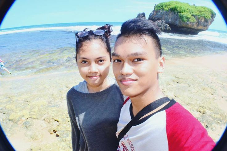 where is everyone else?�� #instagram #instagood #insta #indo #indonesia #wonderfulindonesia #photography #photo #fotografer #jogja #yogyakarta #hunting #hunfot #nikon #pantai #beach #sea #island #summer http://tipsrazzi.com/ipost/1508723660142965931/?code=BTwECzjDHSr