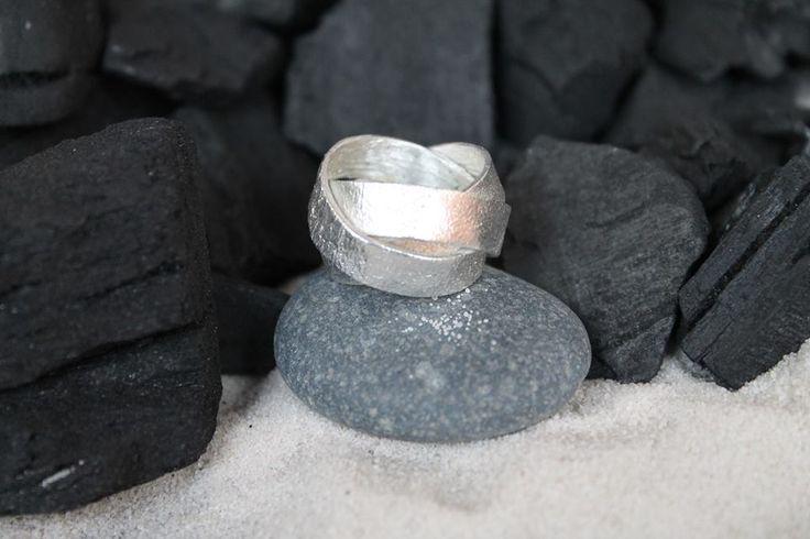 anillo ORBITA by Heidi Peirano Jewelry