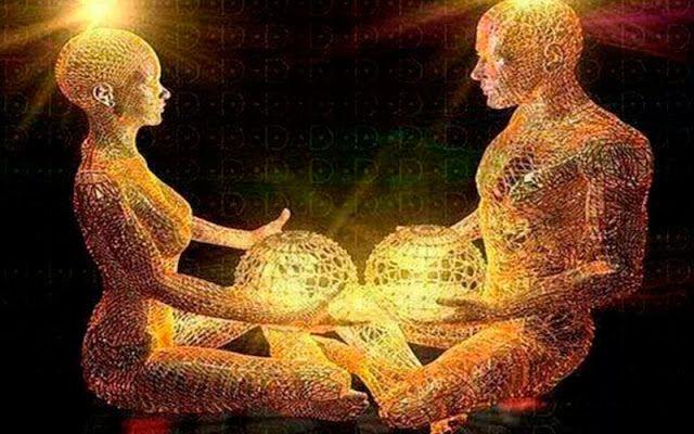 ПОЛУЧАЮЩИЙ ЗАВИСИТ, ОТДАЮЩИЙ — НЕТ     В Аюрведе говорится, что если человек продвигается в духовной жизни, то это должно быть вид...