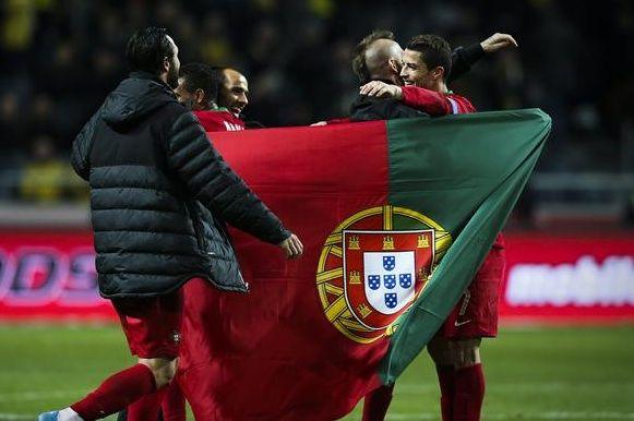 Na Quinta-feira, 26 de Junho de 2014 a seleção de Portugal enfrenta a seleção de Gana em um dos Jogos da Copa do Mundo 2014 no Brasil. O jogo acontece no Mané Garrincha, em Brasília - Distrito Federal às 13h (horário de Brasília) #copa2014
