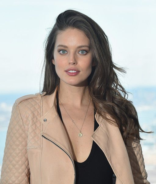 Emily DiDonato styled her hair with spiral waves for the Sports Illustrated Swimsuit press conference.
