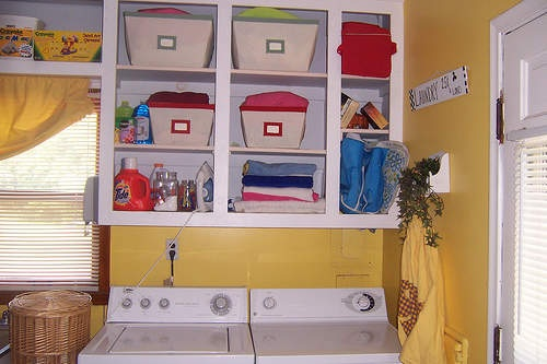 Color splash organization in laundry room (don't click on it, the website is annoying, but the picture gives a good idea)