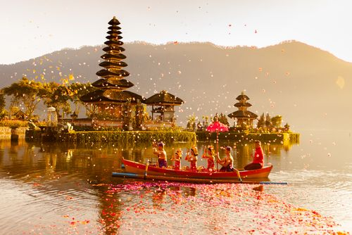 cool 34 Most Beautiful Temples in the World