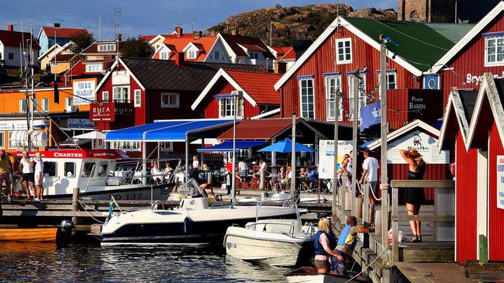 Bryggan café aan de haven van Fjallbäcka Bohüslan. Heerlijk broodje verse garnalen! Aanrader.