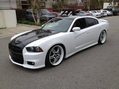 purchase used 2011 dodge charger r t totally custom bagged show car in corona california. Black Bedroom Furniture Sets. Home Design Ideas