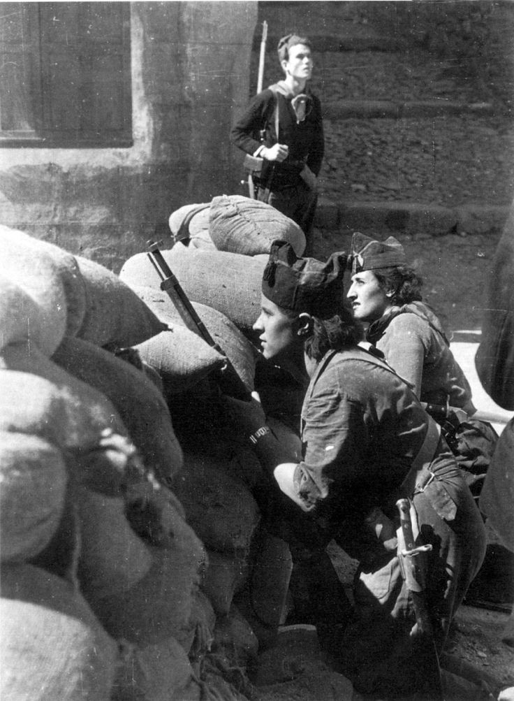 Robert Capa. Civil war Spain, Barcelona 1936                                                                                                                                                                                 More