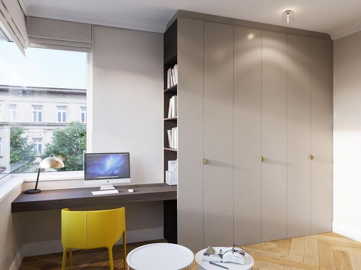 Nádherný staromestský byt s vysokými stropmi a pôvodnou zreštaurovanou podlahou je pozitívnou energiou a zážitkom v jednom. Jednoduchá funkčná kuchyňa, okrúhly jedálenský stôl s ikonickým svietidlom a absolútne farebne štýlovými stoličkami postupne prechádza do obývačky, kde dominuje živá zelená stena a bohatá knižnica. Kúpeľňa je zaujímavá veľmi moderným obkladom s mramorovým vzorom a netradičnými svietidlami...