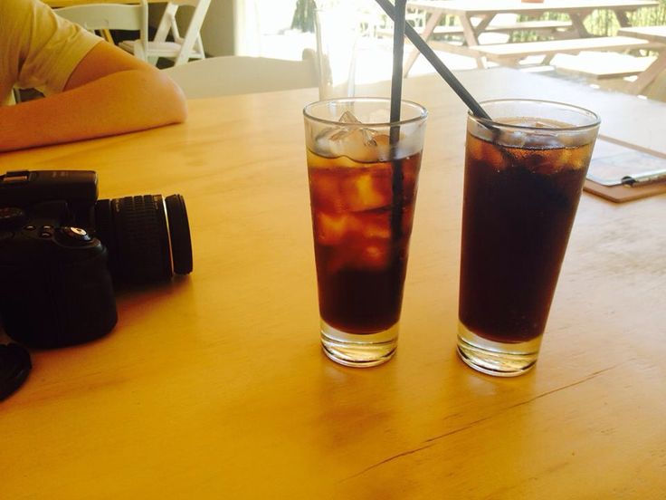 Drinks by a golf course and country club in Brisbane City.
