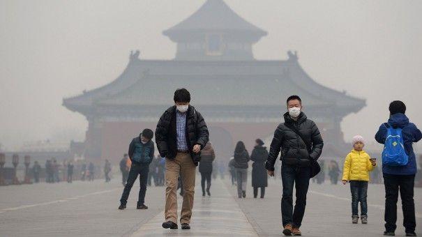 Estuve en Beijing –antes llamado Pekín– y me pregunté qué me diría un amable beijinés –o pekinés– acerca de qué debo hacer para comprender su ciudad. Entre muchas otras cosas, le hubiera agradecido que me dijera que el ser peatón está en la última escala de los ciudadanos que quieren sobrevivir su día [...]