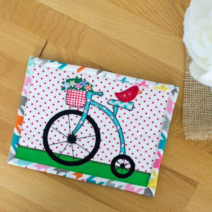 Show Off Saturday... my adorable Free Ride Mug Rug — SewCanShe | Free Daily Sewing Tutorials