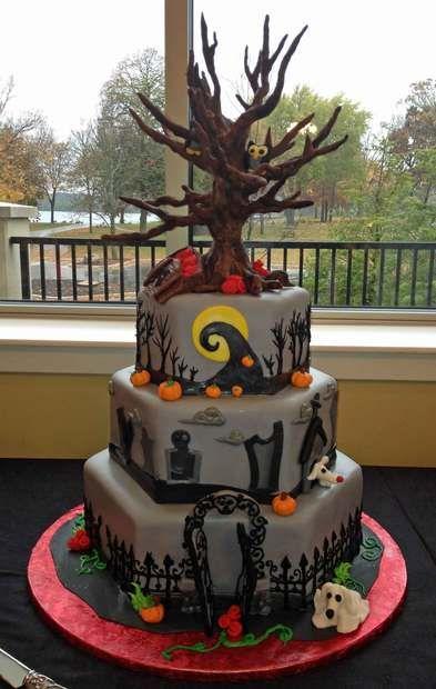 nightmare before christmas cake, halloween wedding cake