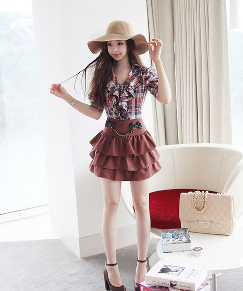 cute outfit with ruffle skirt and plaid ruffle shirt, cute outfit, K Fashion,  (≧∇≦)/ casual, cute outfit, Cute Korean Fashion, korea, Korean, seoul, kfashion, kpop fashion, girl's wear, ladies' wear, pretty, kawaii