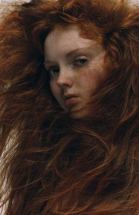 lily cole. Hi there Lily, May I sleep in your hair?