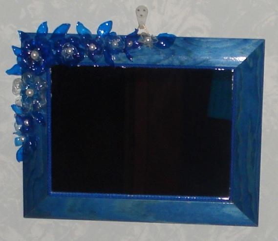 Oltre 1000 idee su fiori di plastica su pinterest - Specchio di plastica ...