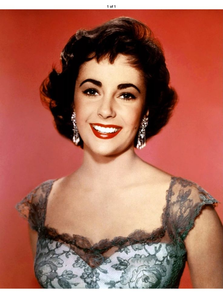 Liz Taylor, so beautiful & great smile