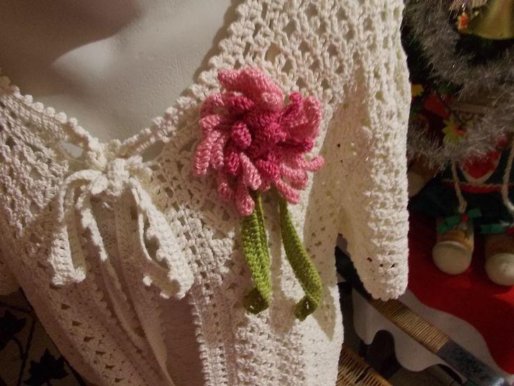 (5) Bunga dengan mahkota bunga yang keriting by Yvonne Sumilat