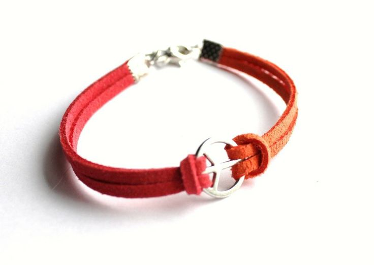 Leather strap bracelet with Peace symbol from Especially for You by http://en.dawanda.com/shop/slicznieilirycznie