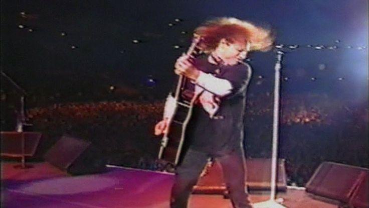 Bon Jovi & Little Steven - Someday I'll Be Saturday Night (Wembley 1995)
