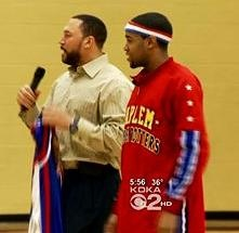 Charlie Batch and Cheese deliver anti-bullying message to kids in Pittsburgh.