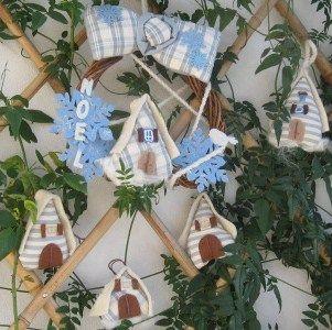 Ghirlanda e decorazioni natalizie