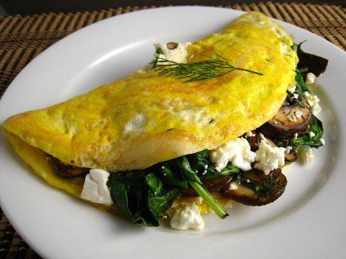 Omelette with chorizo, mushrooms, feta and asparagus and tomato salsa (hold the chorizo and tomato salsa ;-)