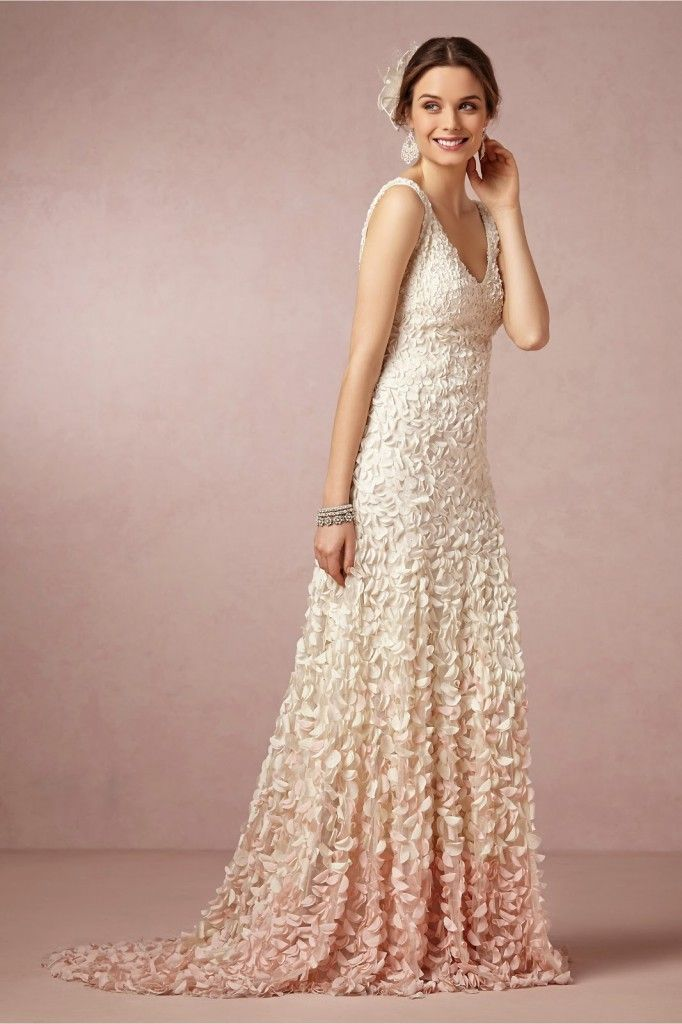 Top 18 Unique Blush Wedding Dress Designs – Spring Theme For Ceremony Day - Easy Idea (3)