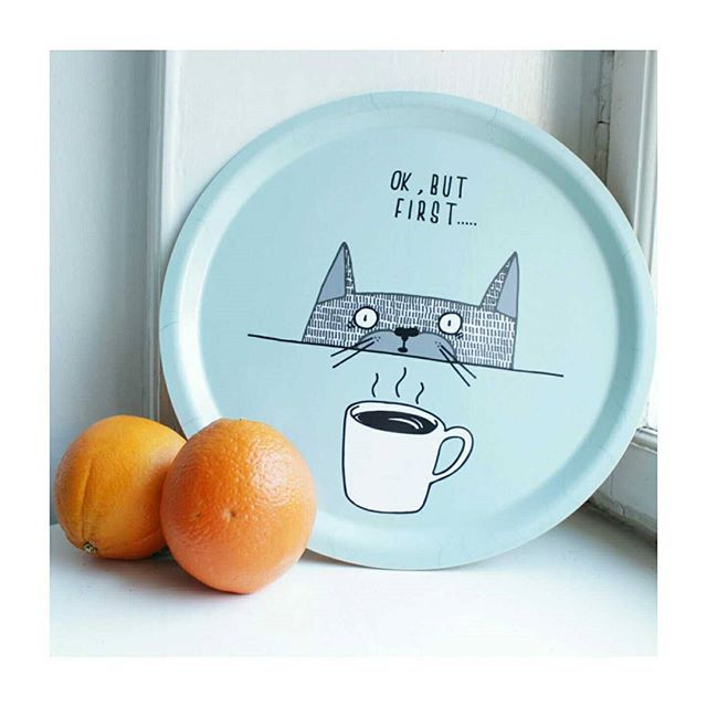 Ok but first! #illustration #madeinsweden #bricka #cat #coffee #finlandssvensk #nordicdesign #swedishbirch #nordic #stockholm #vaasa #trey #takeabreak #oranges