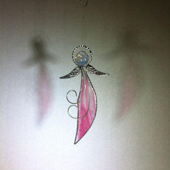 LITTLE ANGEL - gekleurd glas – doorschijnende Cranberry gebrandschilderd glas - zon Catcher-venster decor-beschermengel