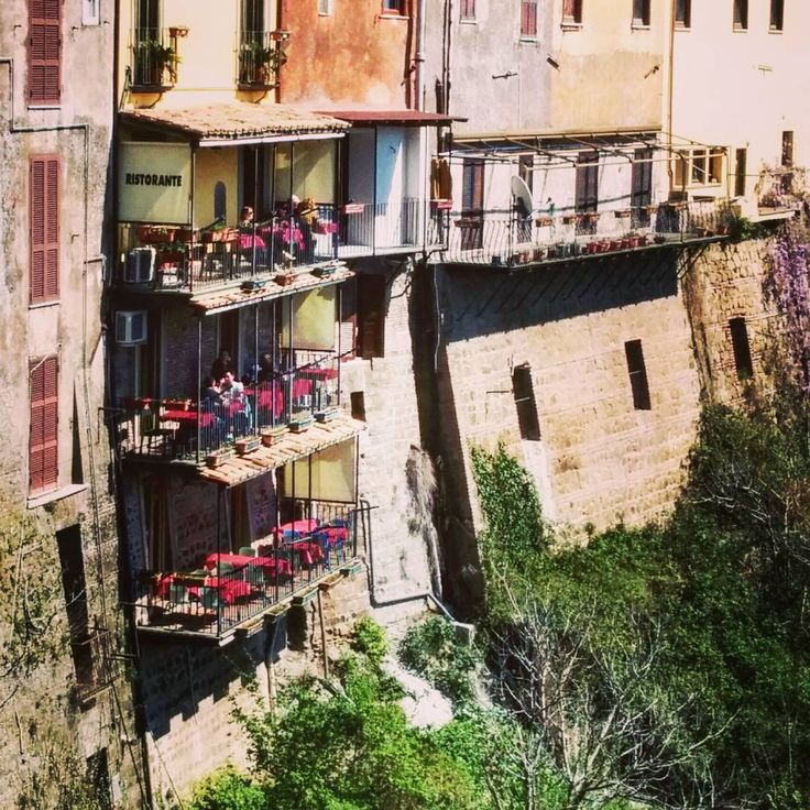 #three #tier #ristorante #patio on the side of a #cliff over #lakenemi #thatlaststepisadoozy  #dontdothelast #grappe http://www.butimag.com/ristorante/post/1482904549311453909_180943558/?code=BSUVdSxhRrV