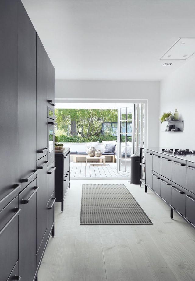 T.D.C   Sleek + Stylish home in Denmark. Kitchen by Vipp.