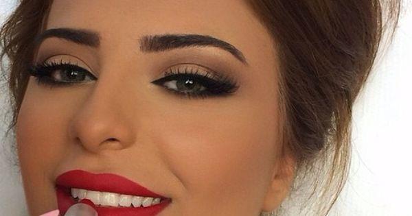 17 Razones por las que querrás usar lipstick color rubí | Red Lips, Makeup and Lips