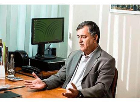 SIC renova debate sobre cenário econômico no país http://www.passosmgonline.com/index.php/2014-01-22-23-07-47/geral/6175-sic-renova-debate-sobre-cenario-economico-e-oportunidades