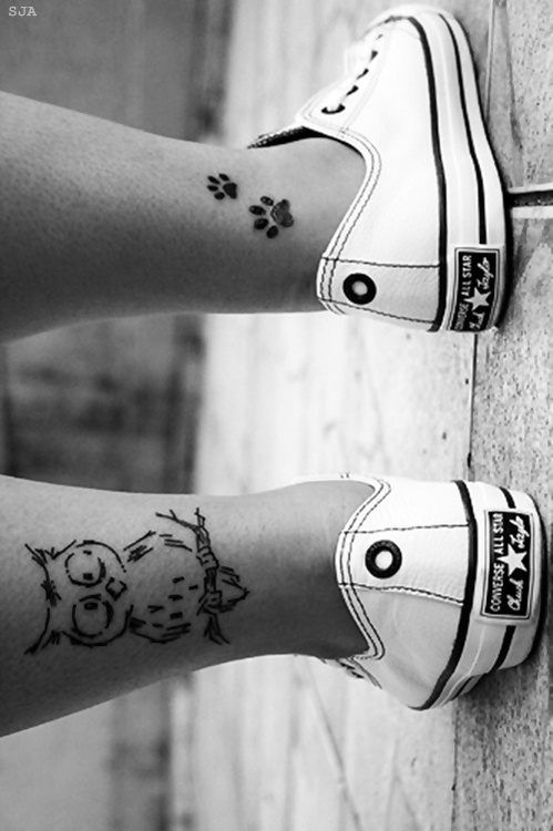omg i want this <3 i always wanted and owl and paw print tattoo. giving me ideas.                                                                                                                                                      More