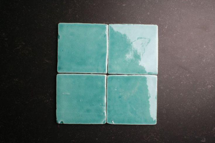 Handvorm 10x10 zee blauwe tegels