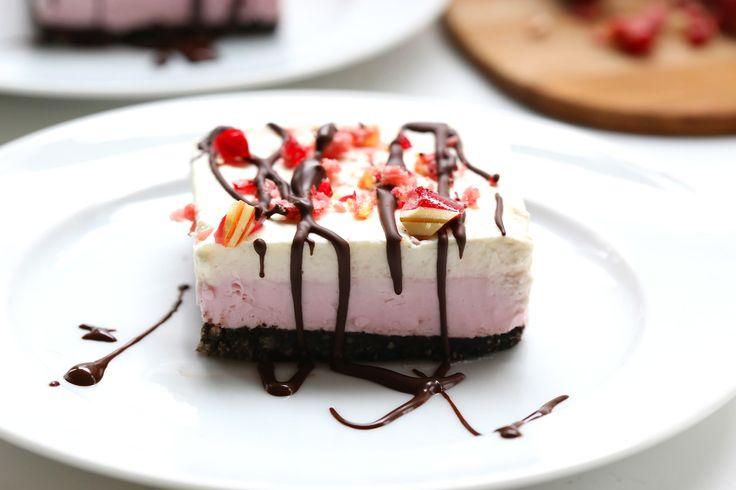 no bake peppermint cheesecake bars thm cheesecake peppermint ...