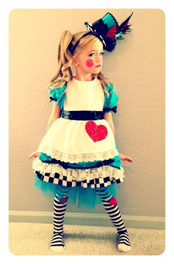 Alice im Wunderland Kostüm selber machen | Kostüm Idee zu Karneval, Halloween & Fasching