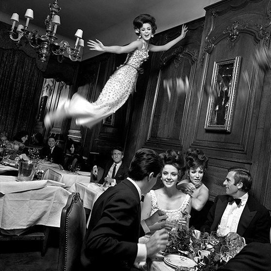Melvin Sokolsky for Harpers Bazaar, Spring 1965 - now THIS is a dinner party!
