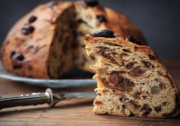 Volete scoprire la ricetta della bisciola Valtellinese? La trovate sul nostro blog e già bella pronta nei negozi di Bormio!